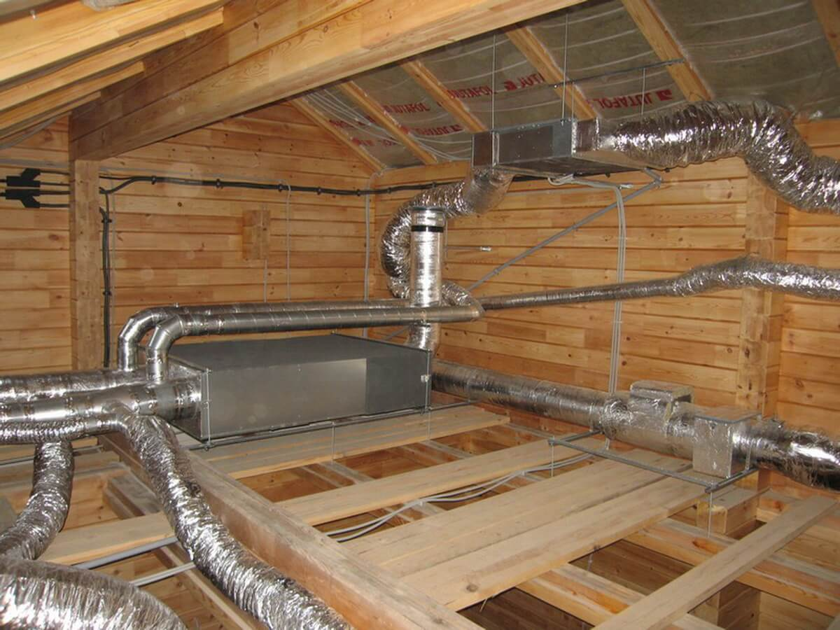 Вытяжка в деревянном доме фото 2